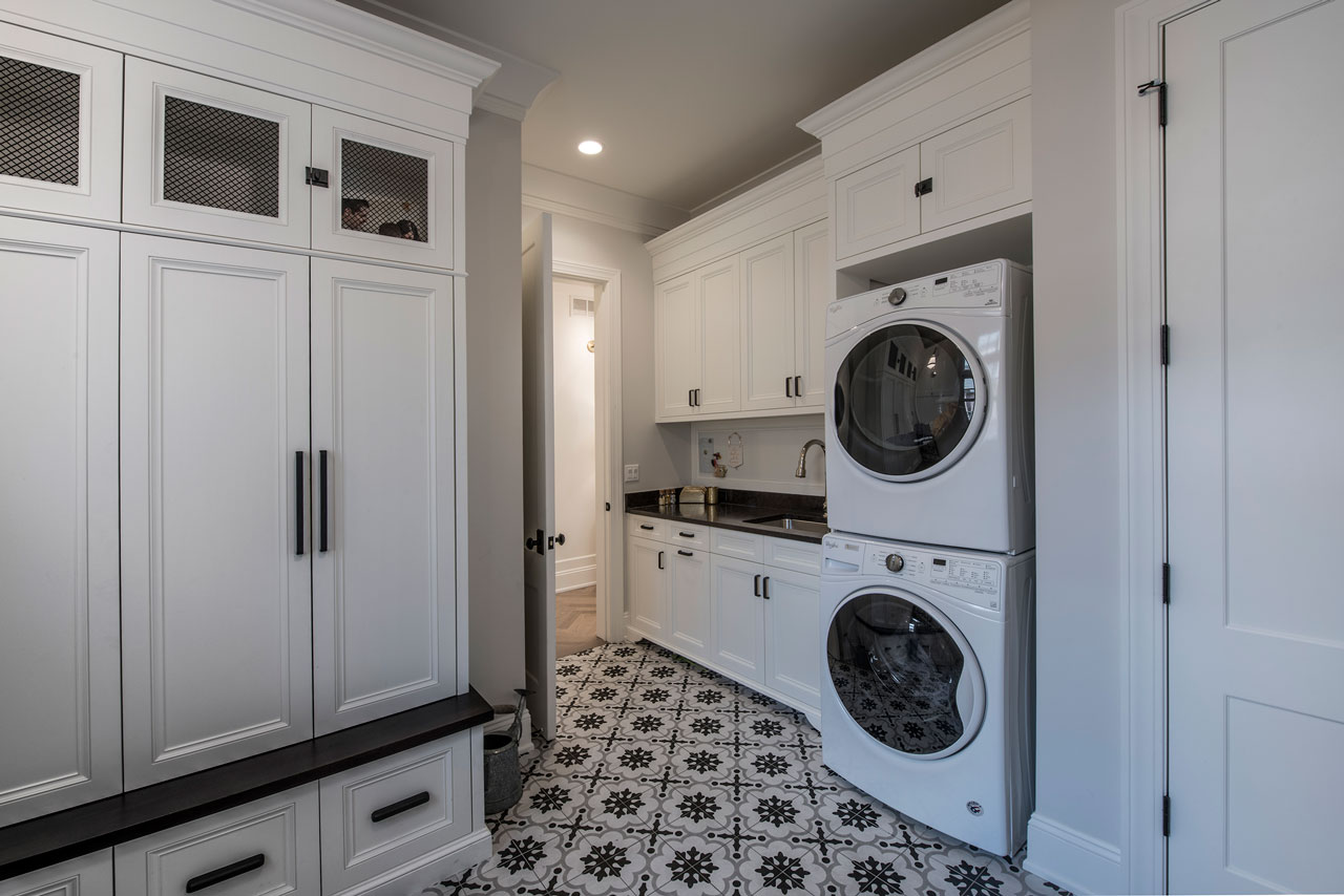 Classic-Mudroom-and-Laundry