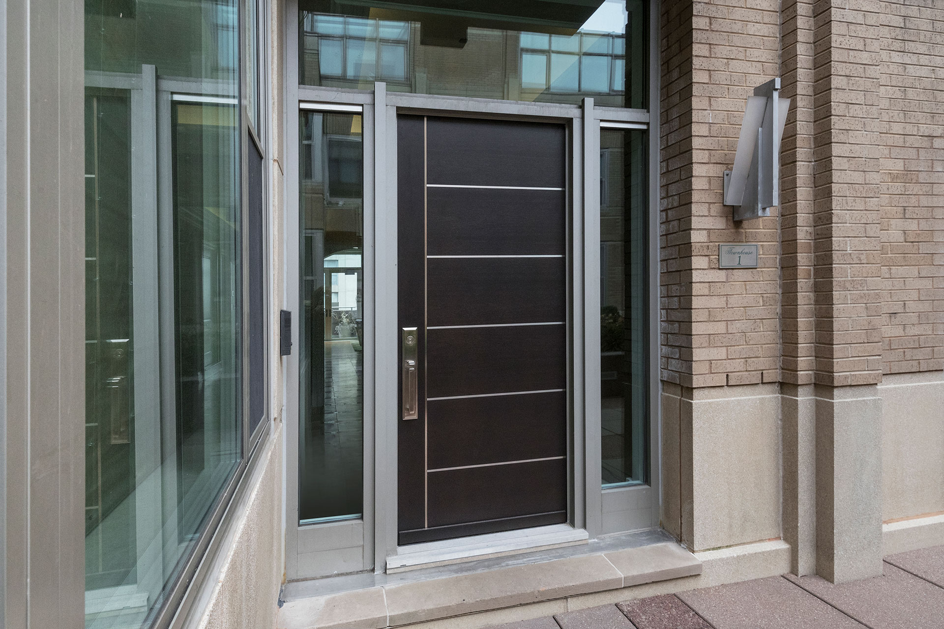 Commercial Custom Entry And Interior Doors In Chicago